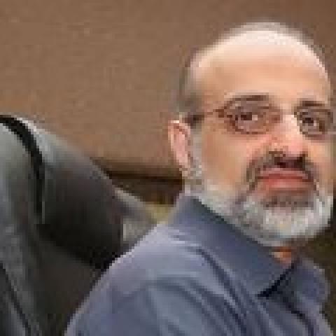محمد اصفهانی: خودنمایی برخی جریانها در موسیقی پاپ ایران، زنگ خطر وقوع یک فاجعه است