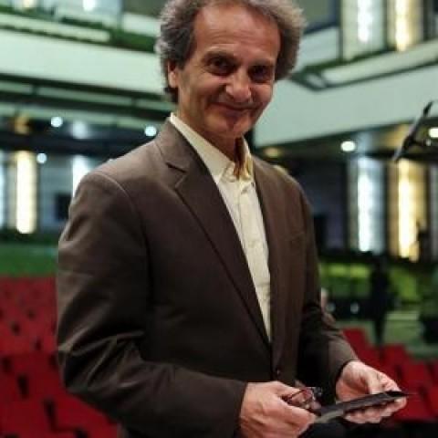 شهرداد روحانی : هدفم در آهنگسازي ايجاد ارتباط عاطفي با مخاطب است