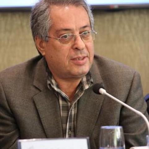هوشنگ کامکار اثری در سه موومان به احترام «احمد پژمان» ساخت