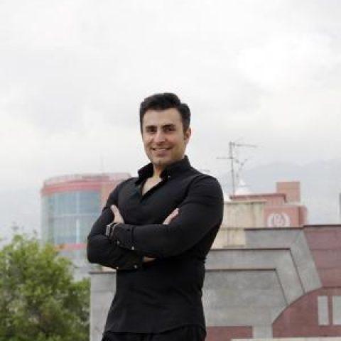 علیرضا طلیسچی: مردم تکرار یک خواننده را دوست دارند