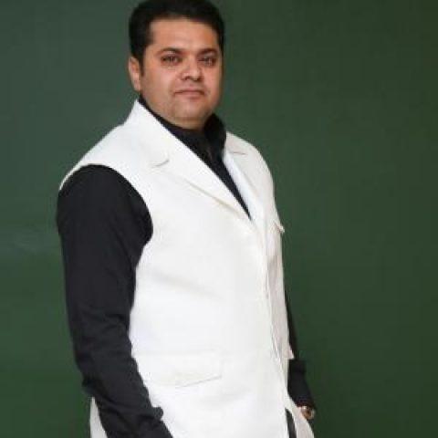 غلامرضا صنعتگر: آرزو داشتم کاری را بسازم که دلها را روانه مشهدالرضا کنم