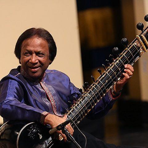 شهید پرویز خان هنرمند هندی در جشنواره موسیقی فجر
