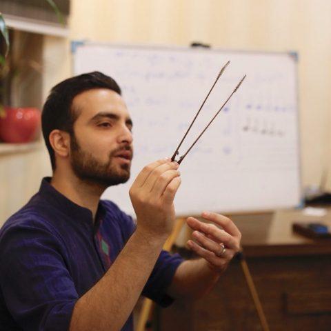 آثار آهنگسازان معاصر ایرانی و ارمنی با قانون نواخته میشود